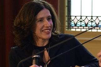 Dagvoorzitter Katinka Baehr